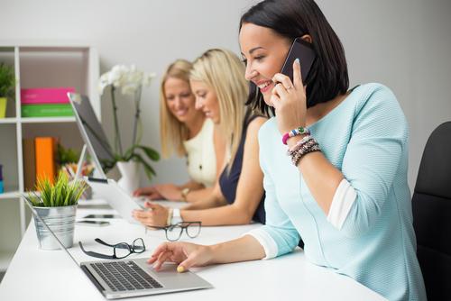 Comment améliorer l'assistance téléphonique pour une PME