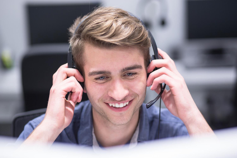 10-astuces-accueil-telephonique-parfait