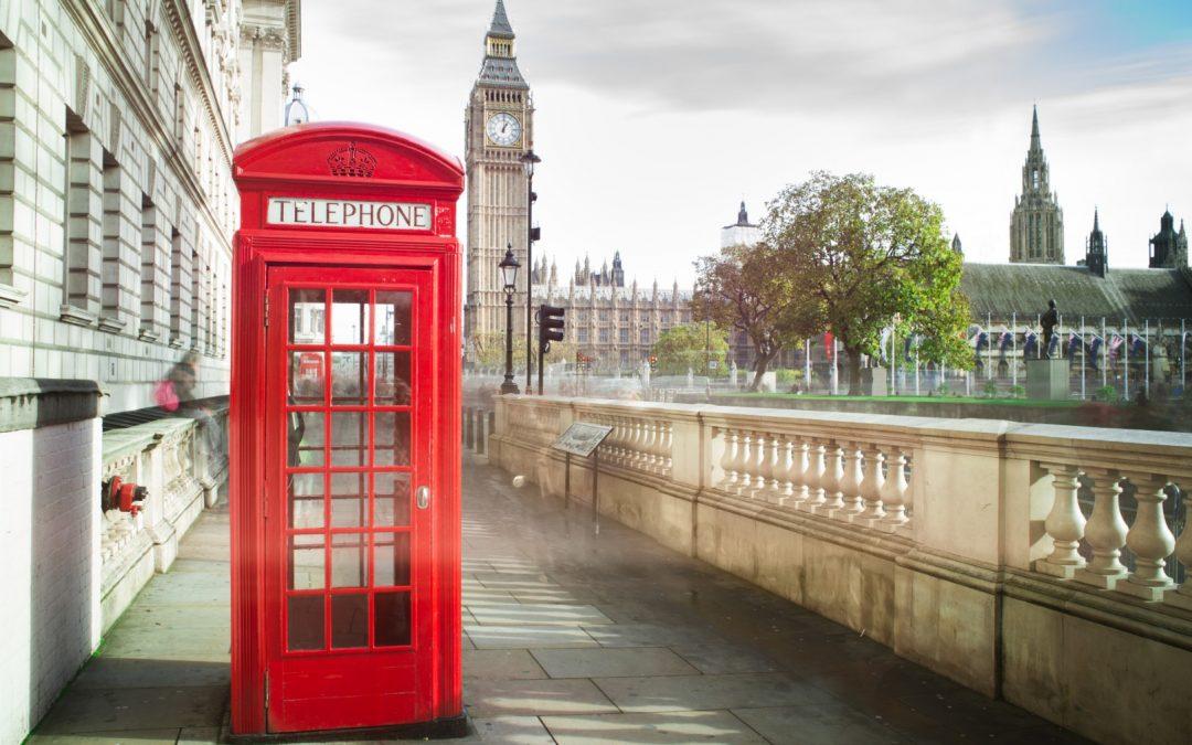 Mettre en place un accueil téléphonique en anglais : nos astuces